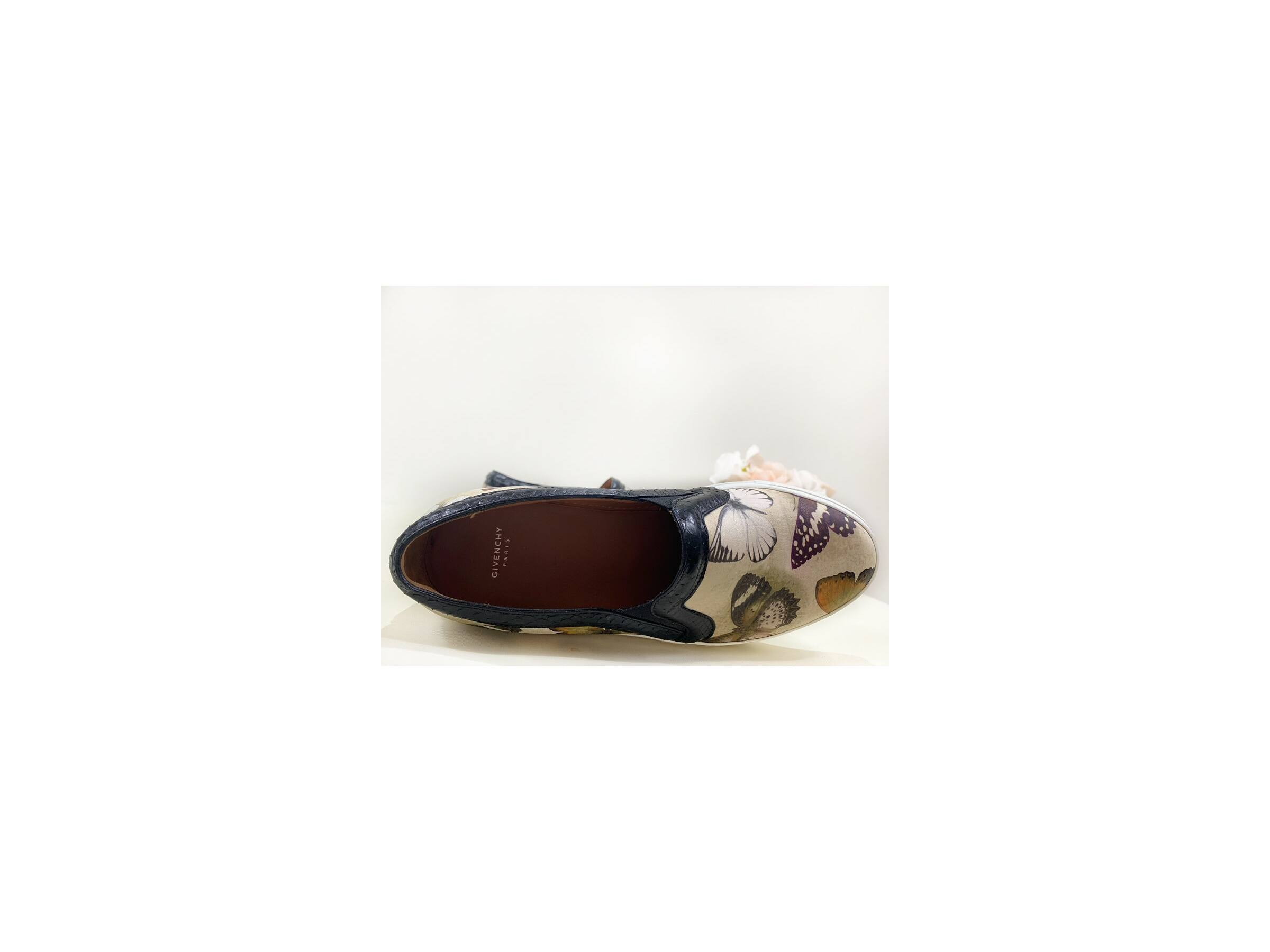 Givenchy Beige Butterfly slip-on (38)